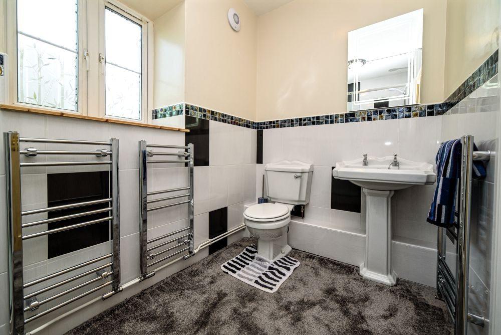McCallion-shower-room-21